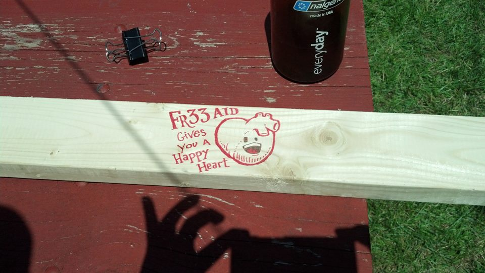 Fr33 Aid's Happy Heart height measuring apparatus
