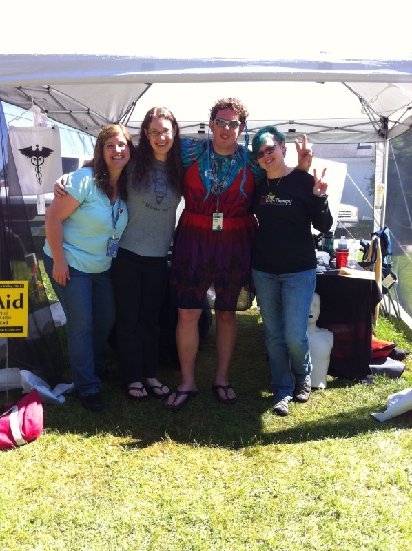 Darryl Perry shows his support for Fr33 Aid, with Teresa, Stephanie and Garland at Porcfest 2012